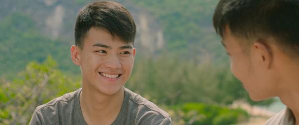 5-diem-sang-lam-hu-nu-thon-thuc-trong-phim-tao-khong-xa-may-7