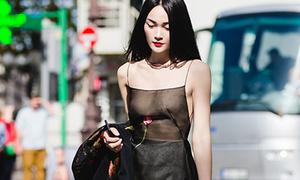 'Thả rông' đi dạo Paris, Thùy Trang được mời luôn vào công ty của Kate Moss