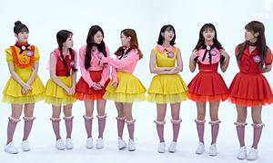Những bộ đồ của sao Hàn khiến fan muốn 'cạch mặt' luôn thần tượng