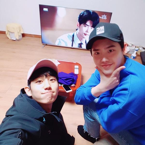 sao-han-6-10-tae-yeon-het-sang-chanh-sun-mi-khoe-tron-cap-chan-tru-danh-2