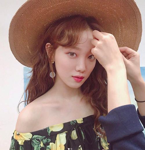 chieu-trang-diem-ruot-giup-lee-sung-kyung-u30-ma-nhu-gai-17-2