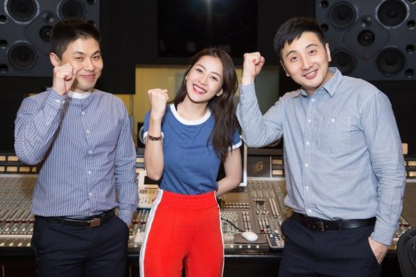 chi-pu-hop-tac-voi-bo-doi-producer-dinh-dam-kpop-khi-lan-san-lam-ca-si-1