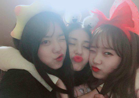 bi-chi-trich-uong-ruou-khi-chua-du-tuoi-somi-voi-xoa-anh-instagram-4