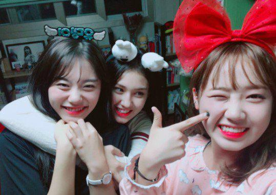 bi-chi-trich-uong-ruou-khi-chua-du-tuoi-somi-voi-xoa-anh-instagram-3