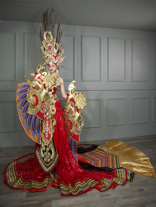 nhung-bo-quoc-phuc-nang-can-nhat-cua-dai-dien-viet-nam-khi-thi-sac-dep-quoc-te-1