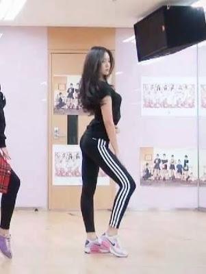 nhung-lan-khoe-dang-giup-na-eun-duoc-phong-nu-hoang-quan-legging