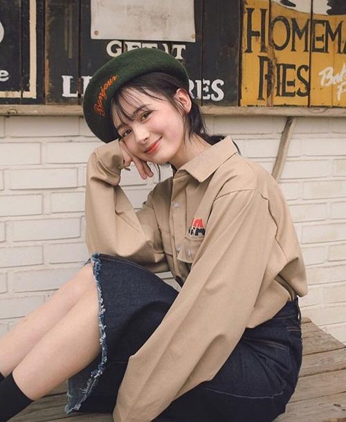 vua-xuat-hien-tren-tv-co-gai-nga-khien-netizen-han-phat-sot-6