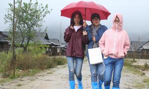 Hoa hậu Mỹ Linh mắc kẹt tại Yên Bái do bão lũ