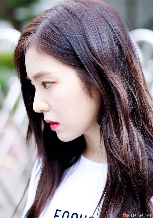 10-idol-co-goc-mat-nghieng-chun-muc-xung-danh-nu-than-2
