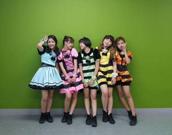 girlgroup-tan-binh-kpop-gay-choang-voi-do-tuoi-ra-mat-trung-binh-la-12-6