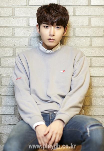 8-idol-nam-kpop-chung-minh-khong-chi-phu-nu-moi-am-anh-can-nang-3