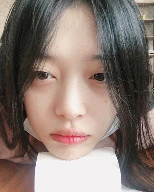 sao-han-13-10-suzy-sulli-do-mat-moc-hani-bi-cun-bo-phu-phang-7