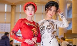 Lan Ngọc - Diễm My 9x khoe sắc với áo dài trên thảm đỏ ở Hàn Quốc