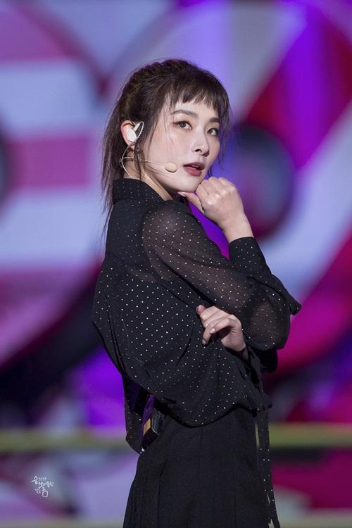 red-velvet-nang-cap-nhan-sac-fan-hoi-hop-cho-comeback-2