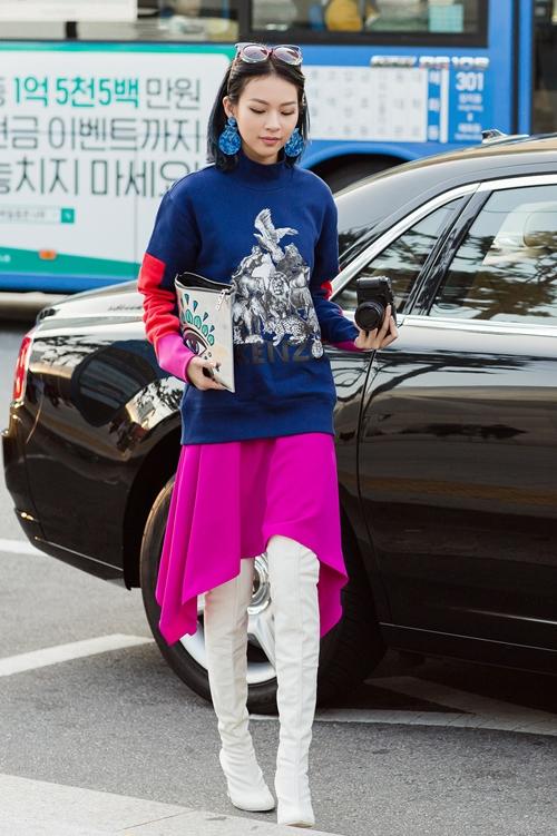 phi-phuong-anh-bien-hoa-da-sac-mau-trong-ngay-dau-seuol-fashion-week-4