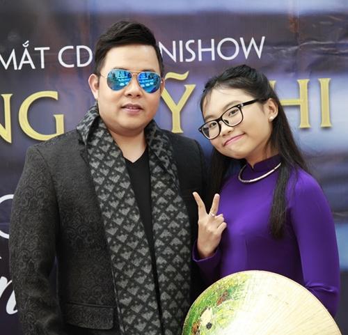 phuong-my-chi-kiem-6000-usd-show-khi-hat-o-my