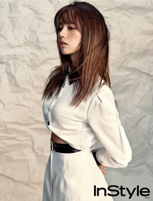 sao-han-18-10-yoon-ah-dep-khong-goc-chet-lee-sung-kyung-lo-chan-gay-go-5