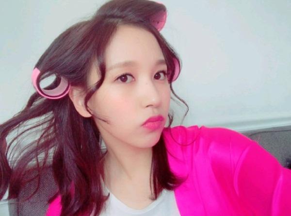 sao-han-19-10-suzy-makeup-nhe-nhu-khong-yeri-red-velvet-mat-bien-sac-2-7