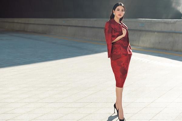 diem-my-9x-kieu-ky-danh-bat-rung-streetstyle-tai-seoul-fashion-week