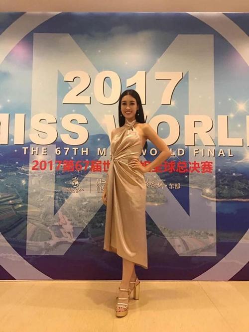 phia-my-linh-len-tieng-ve-bo-canh-bi-che-sen-sm-tai-miss-world-2017