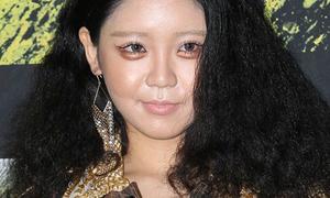Loạt sao Hàn gây 'đau mắt' người xem ở Seoul Fashion Week