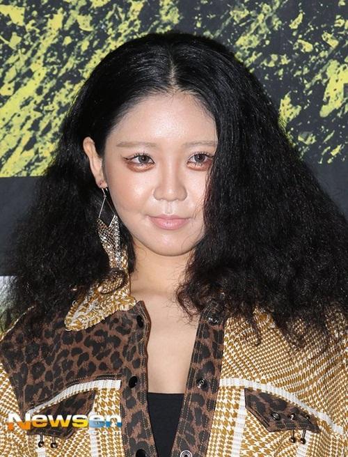 loat-sao-han-gay-dau-mat-nguoi-xem-o-seoul-fashion-week-6