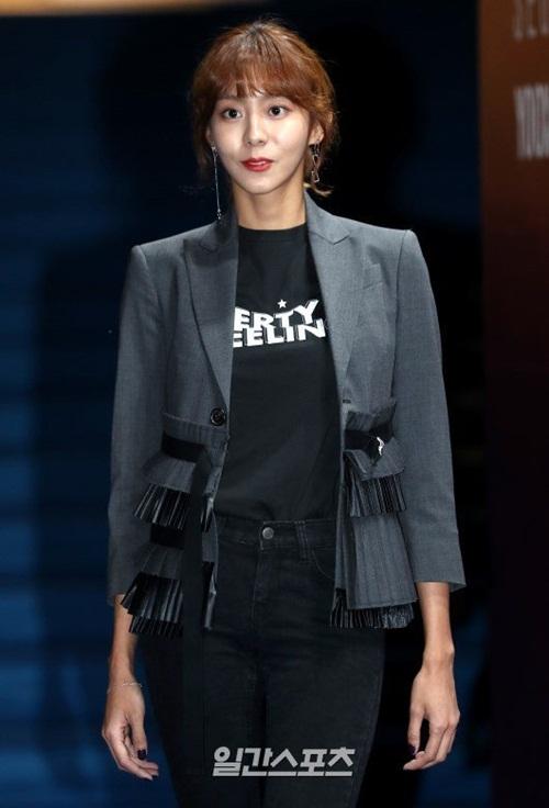 loat-sao-han-gay-dau-mat-nguoi-xem-o-seoul-fashion-week-7