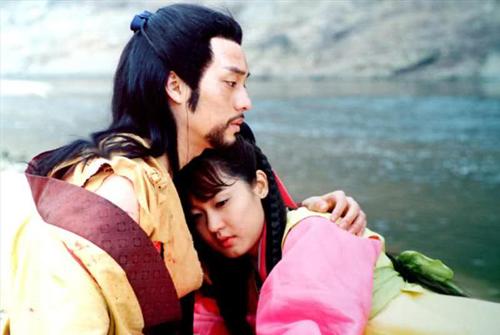 phim-han-day-phi-ly-khan-gia-van-nham-mat-lam-ngo-6