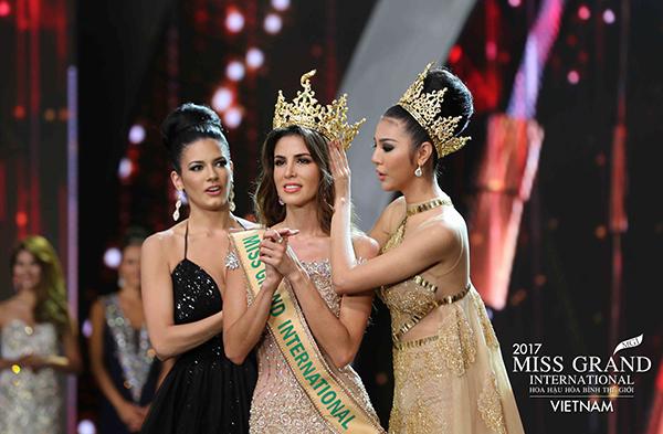 nguoi-dep-peru-dang-quang-miss-grand-international-2017