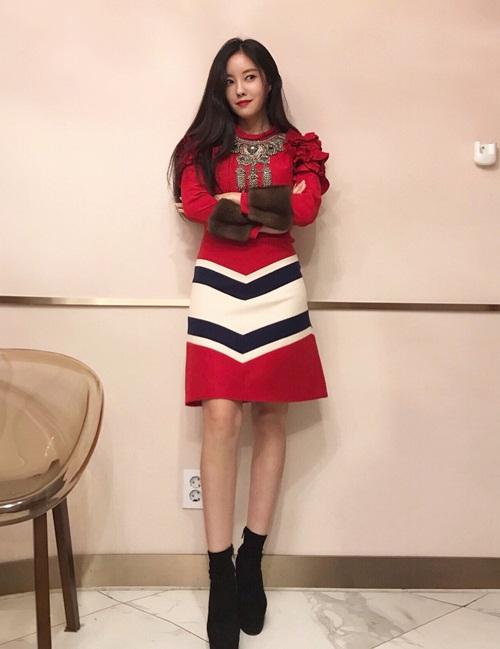 sao-han-26-10-kai-exo-khoe-co-bung-hut-mat-dara-cosplay-xuong-kho-5
