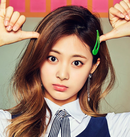 tzuyu-twice-bi-che-co-long-may-cang-ve-cang-xau-7