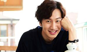 4 lý do khiến Lee Kwang Soo gây 'náo loạn' ở mọi sân bay