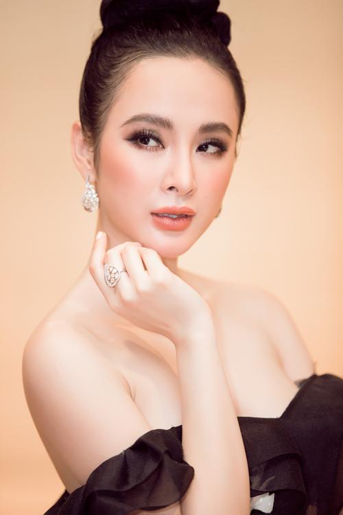 angela-phuong-trinh-dien-do-tien-ty-noi-nhat-dan-my-nhan-tren-hang-ghe-dau-3