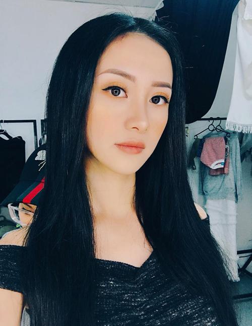 dan-hot-girl-chung-minh-con-gai-viet-de-toc-den-dai-luon-la-dep-nhat-9