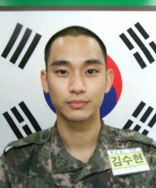 sao-han-31-10-ji-min-bi-jung-kook-dim-chieu-cao-ji-soo-hoa-meo-ngo-nghinh-5