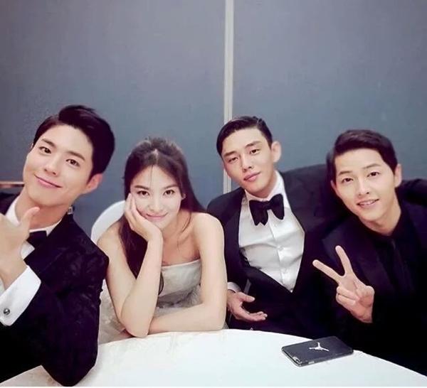 4-diem-khoi-my-kelvin-khanh-giong-cap-song-song-4