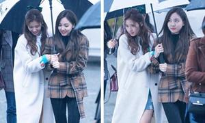 Twice chung ô tình cảm trên đường đến Music Bank