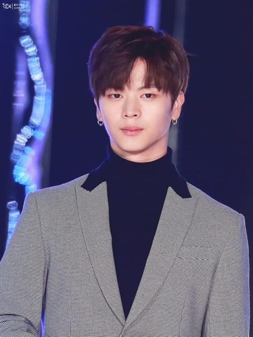 8-idol-la-nu-nam-than-nu-than-truong-hoc-khi-chua-debut-3