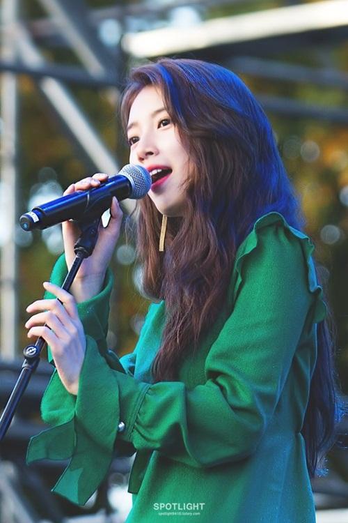 8-idol-la-nu-nam-than-nu-than-truong-hoc-khi-chua-debut-6