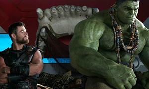 'Thor: Ragnarok' ra rạp hoành tráng vẫn bị khán giả nhặt sạn