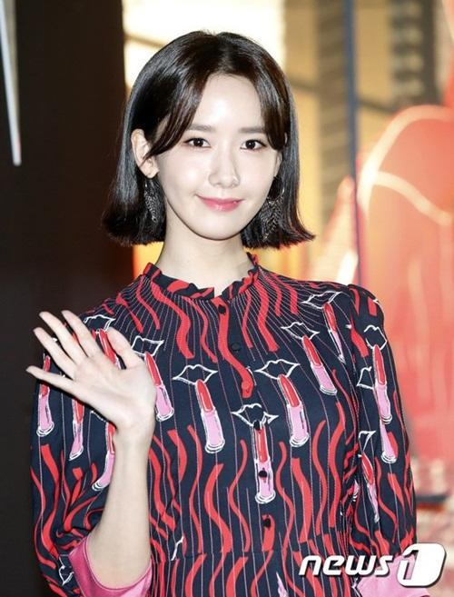 yoon-ah-nhan-mua-loi-khen-khi-do-sac-seol-hyun-irene-1