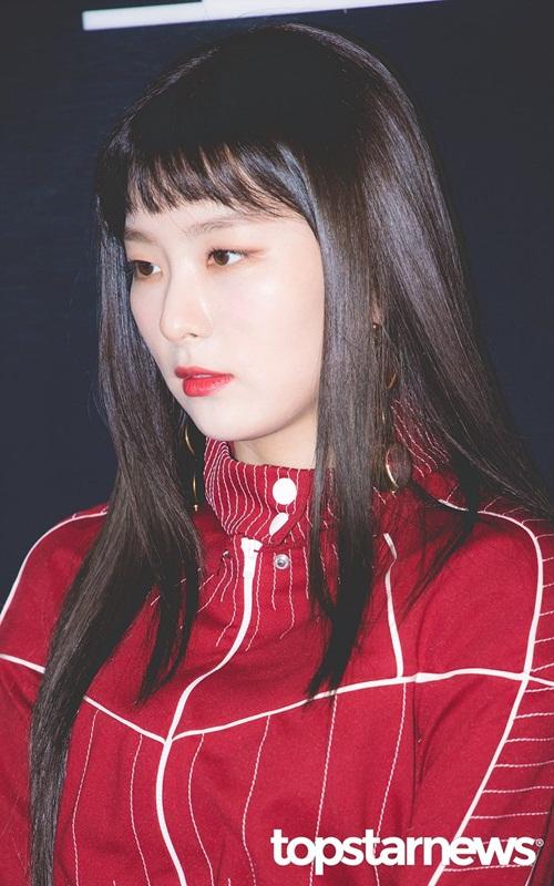 yoon-ah-nhan-mua-loi-khen-khi-do-sac-seol-hyun-irene-6