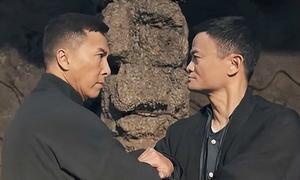 Clip 7 phút tỉ phú Jack Ma đấu tay đôi với Ngô Kinh, Chân Tử Đan
