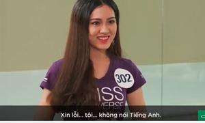 Thí sinh Hoa hậu Hoàn vũ nghe tiếng Anh chỉ biết... cười trừ
