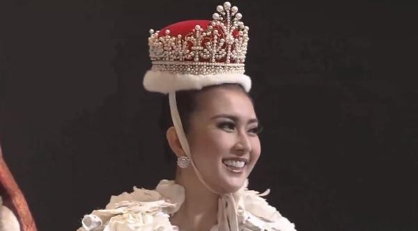 nguoi-dep-indonesia-dang-quang-hoa-hau-quoc-te-2017-1