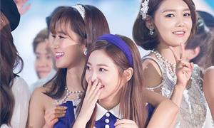 Yeri (Red Velvet) được loạt nữ thần Kpop cưng chiều hết mực