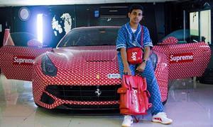 Cuộc sống xa hoa của thiếu gia Dubai 15 tuổi đã thành triệu phú