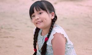 Cô bé 9 tuổi trở thành đối thủ đáng gờm tại Liên hoan phim Việt Nam