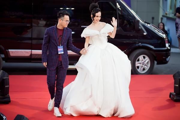 tham-do-mama-2017-dan-sao-viet-han-tu-hoi-3