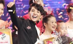 Học trò Vũ Cát Tường đăng quang Giọng hát Việt Nhí 2017